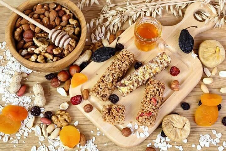 cach-lam-thanh-granola-bars